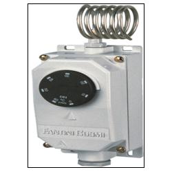 Thermostat a capillaire en boitier étanche